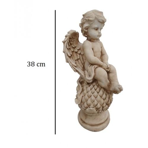 Aniołek siedzący na szyszce Art.978