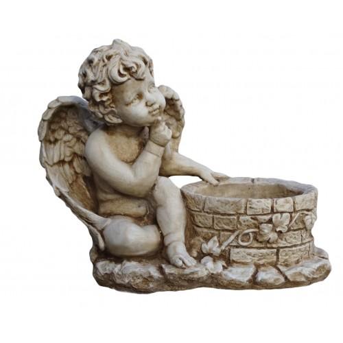 Aniołek przy studni Art.1028