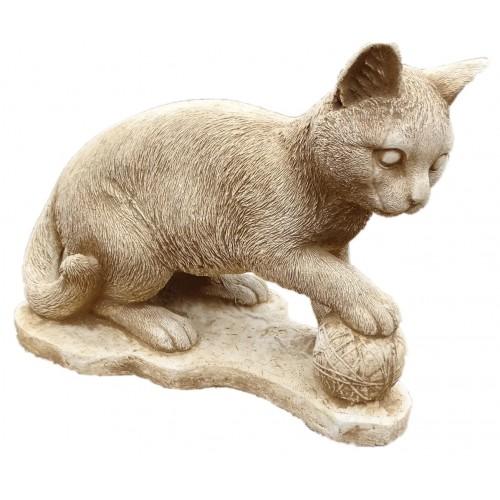 Kotek z kłębkiem wełny Art.759